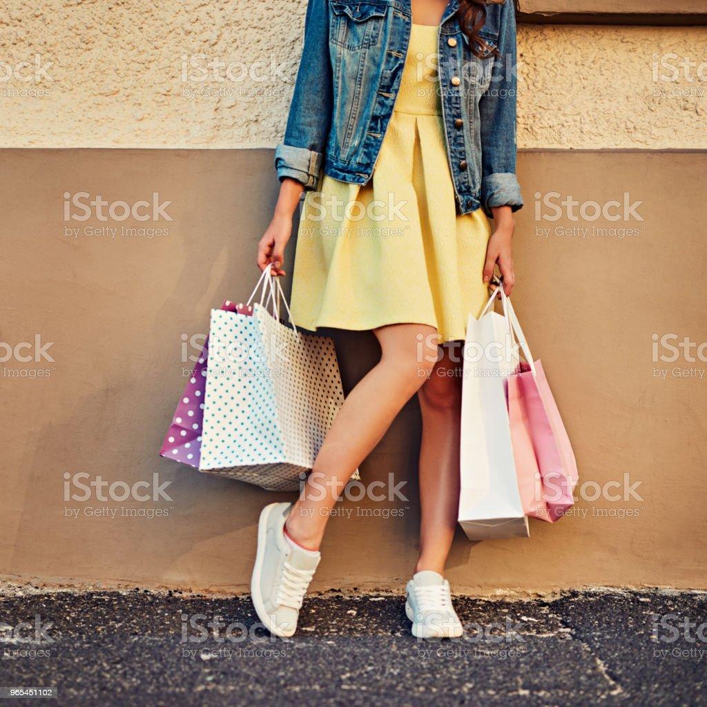 쇼핑 항상입니다 좋은 생각이야 - 로열티 프리 가방 스톡 사진