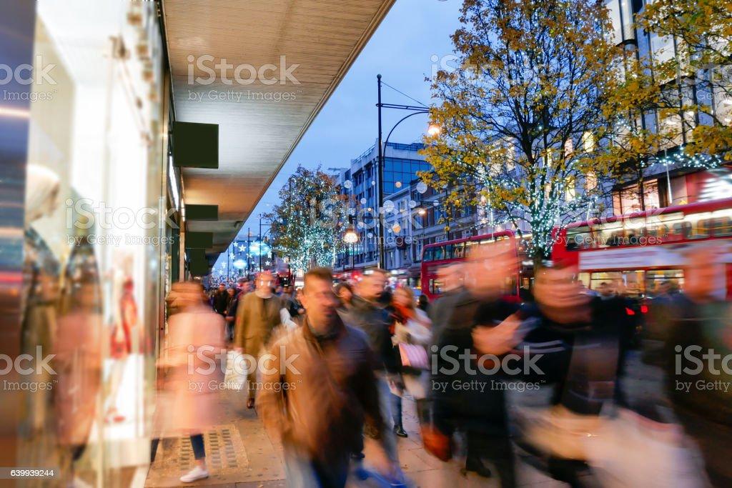 Shopping on Oxford Street London, Christmas day – Foto