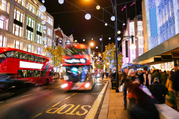 Shopping on Oxford Street London, Christmas day – Foto