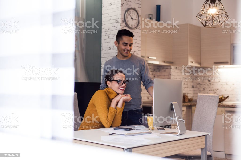 Shopping online with computer foto de stock royalty-free