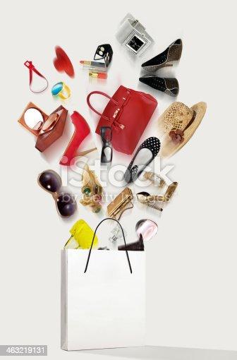 istock Shopping 463219131
