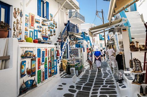 Shoppinggatorna I Mykonos-foton och fler bilder på Affär