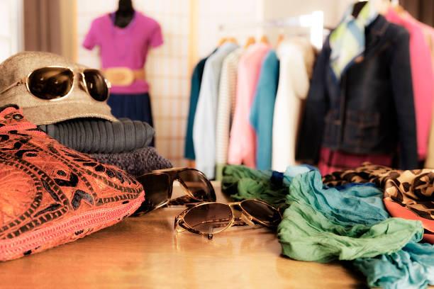 Einkaufsmöglichkeiten: Fenster anzuzeigen, in boutique. – Foto