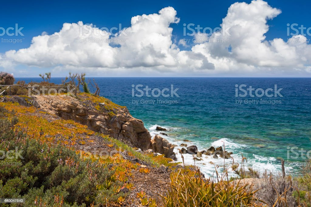 Shore of the Aegean Sea in Crete foto de stock libre de derechos