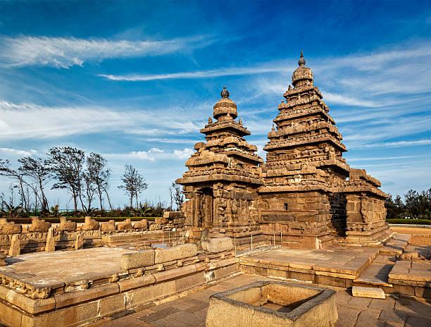 shore храм-всемирного наследия в махабалипурам, тамилы nad - урез воды стоковые фото и изображения