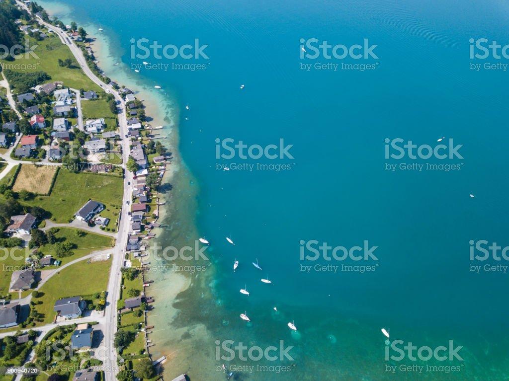 Küste in Schoerfling Village, dem Attersee, Salzkammergut, Österreich – Foto