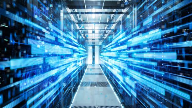 shot van corridor in working data center vol met rack servers en supercomputers met blauwe neon visualisatie projectie van datatransmissie via high speed internet. - datacenter stockfoto's en -beelden