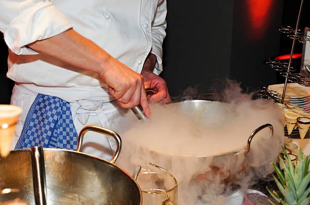 showküche - desmond koch stock-fotos und bilder
