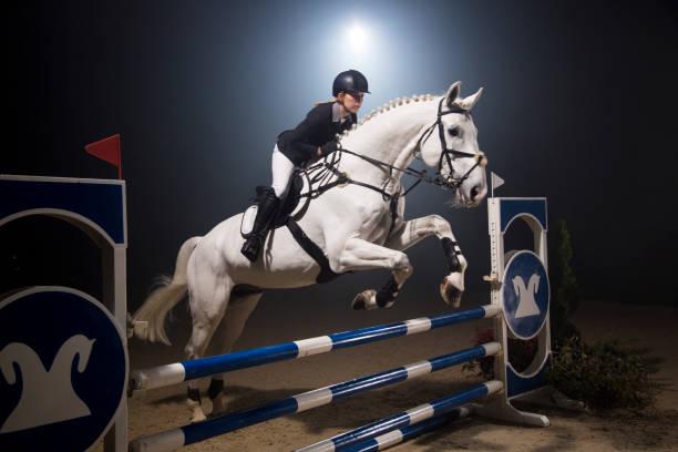 Show jumping picture id667379856?b=1&k=6&m=667379856&s=612x612&w=0&h=84ddwrow zieima x hx1bpooxsi2lczqavomk2eeti=
