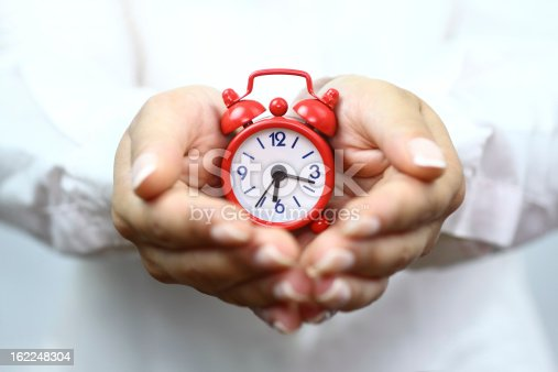 487354658 istock photo Showing red alarm clock 162248304