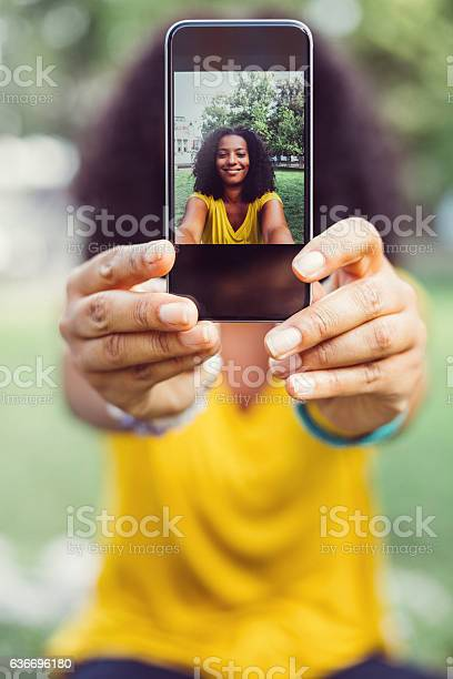 Showing selfie to the camera picture id636696180?b=1&k=6&m=636696180&s=612x612&h=v76f8fcif4t84tqbkd68jwllc9i71dprfax1hh5n1js=