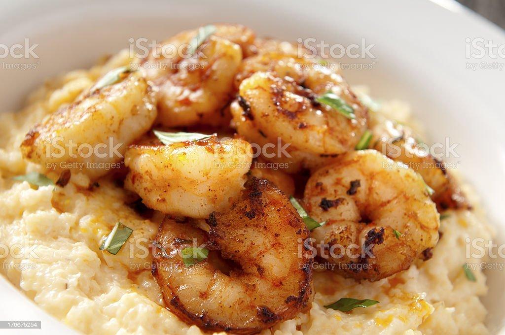 Camarones y queso Sémola de maíz foto de stock libre de derechos