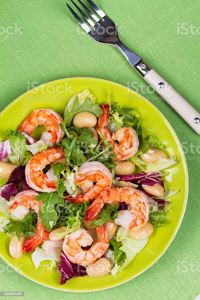Shrimp and white bean salad royaltyfri bildbanksbilder