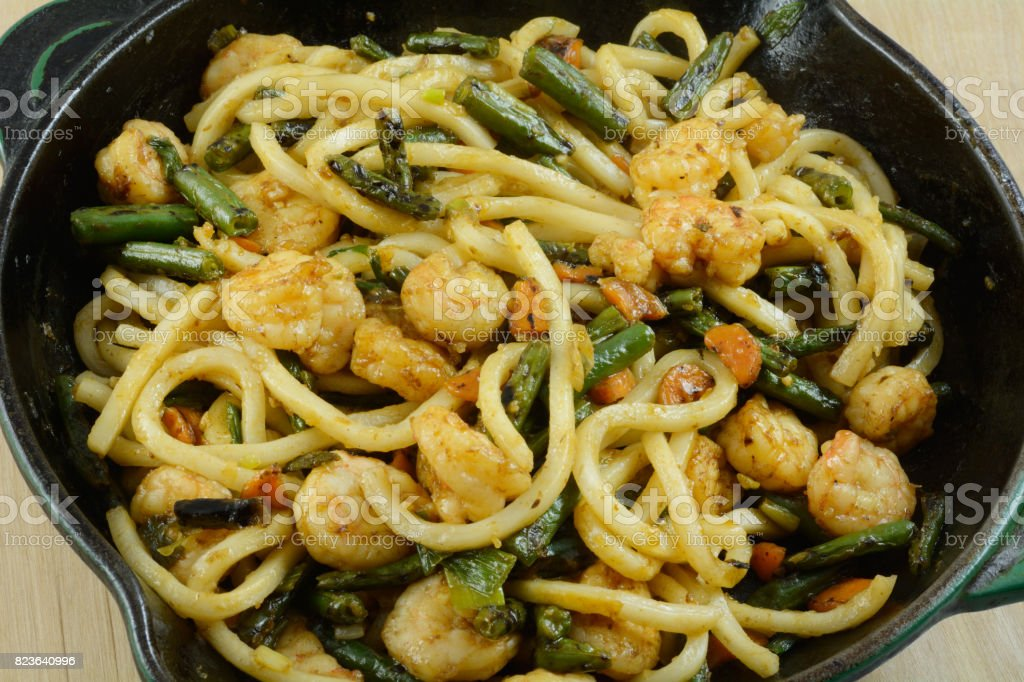 Shrimp lo mein with vegetables stock photo