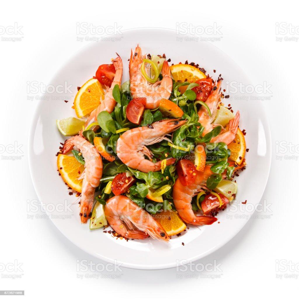 Camarones con fideos de arroz y verduras - foto de stock