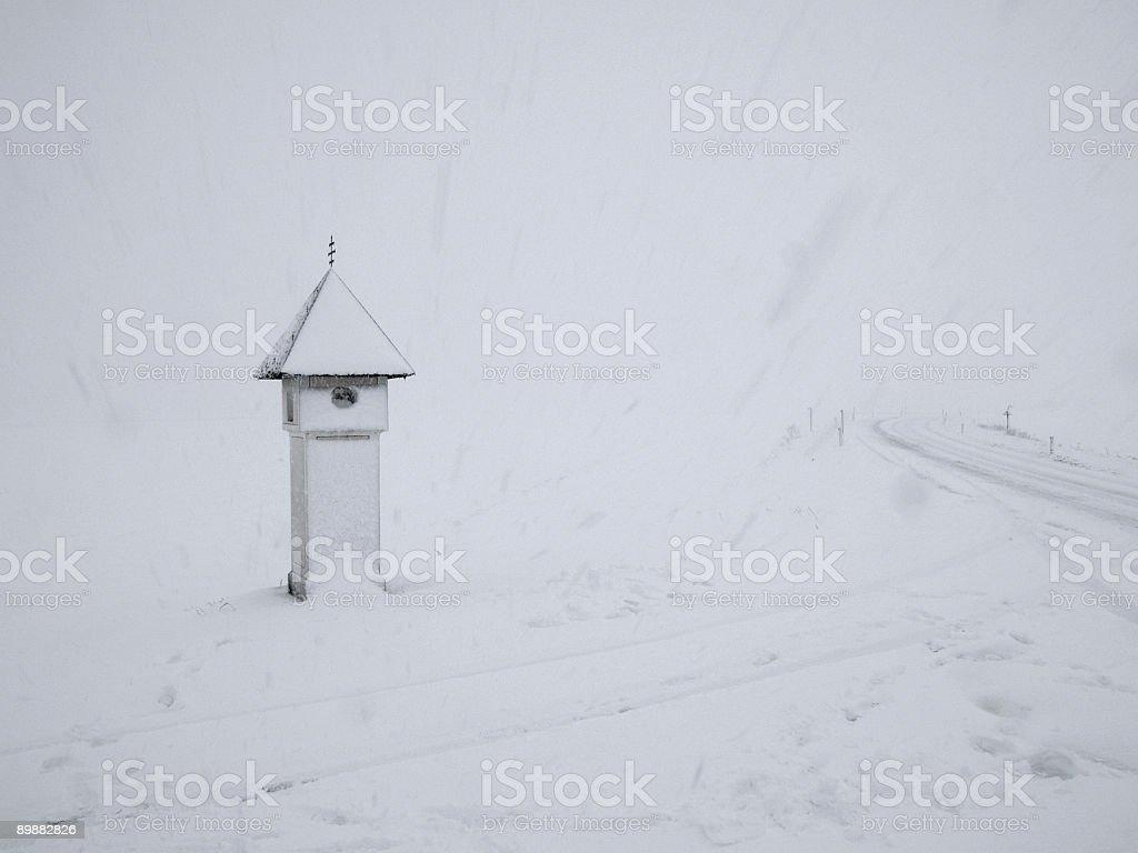 Schrein in Schneesturm Lizenzfreies stock-foto