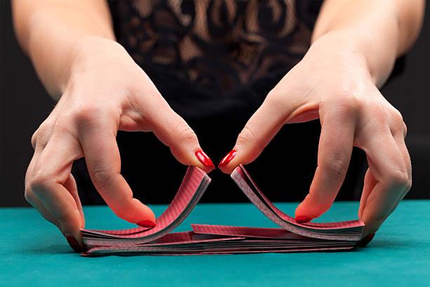 Karten mischen Spielkarten – Foto