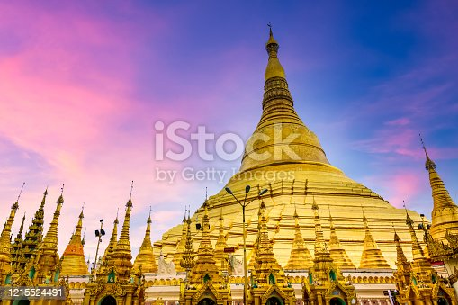 Shwedagon Pagoda attraction in Yagon City with blue sky background, Shwedagon Pagoda ancient architecture is beautiful pagoda in Southeast Asia, Yangon, Myanmar, Asian, Asia.