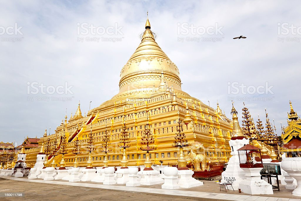 shwezigon paya stock photo