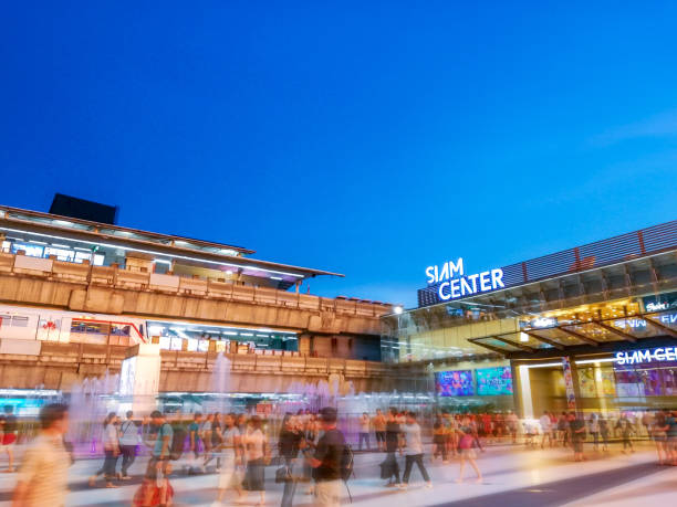 Siam Center and Siam Paragon with crowded people Bangkok thailand mall stock pictures, royalty-free photos & images