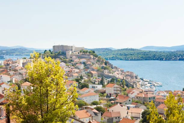 Sibenik, Kroatien-Luftaufnahme auf die Altstadt von Sibenik – Foto