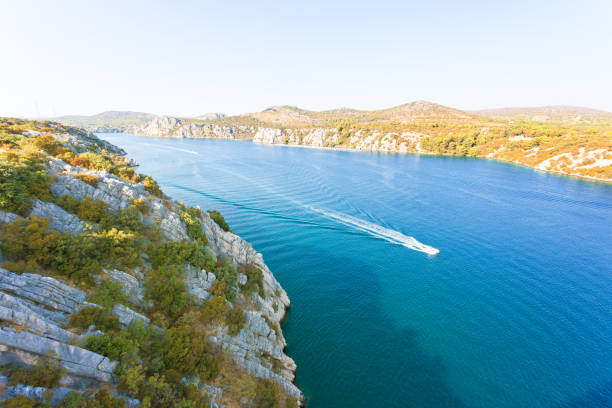 Sibenik, Kroatien - Bootsfahrt nach Sibenik in der Natur Kroatiens – Foto