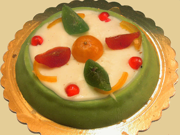 西西里人 cassata,四種顏色的義大利蛋糕、 側視圖 - cassata 個照片及圖片檔