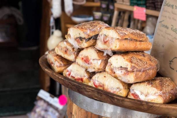 Sicilian Cracked Bread Italy – zdjęcie