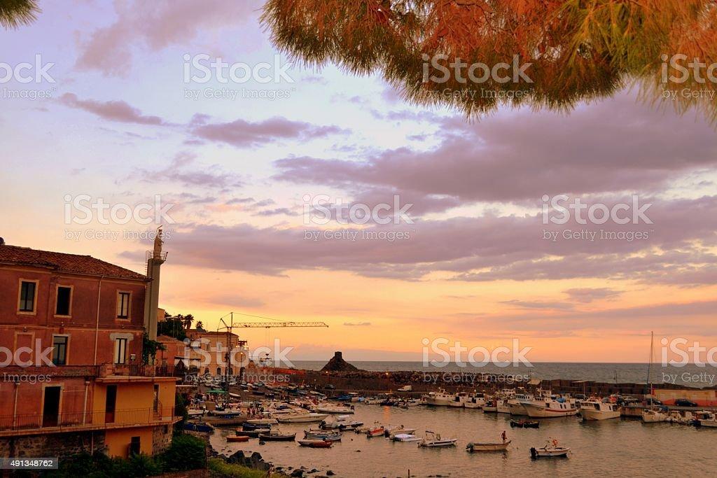 Sicilia. Villaggio di pescatori al tramonto - foto stock