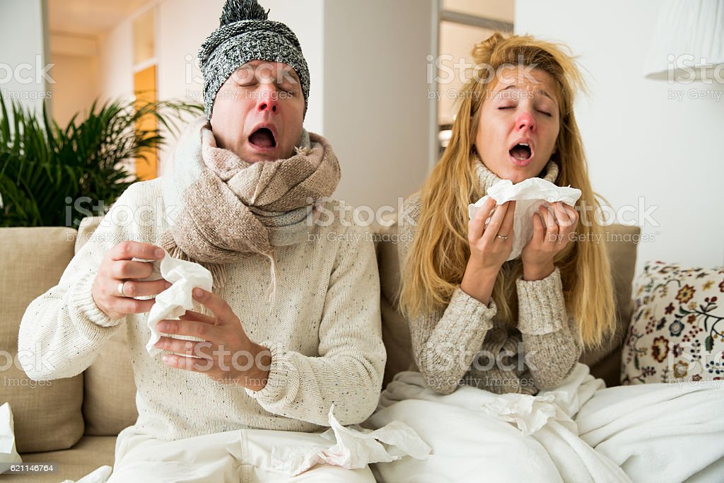 Sick couple catch cold​​​ foto