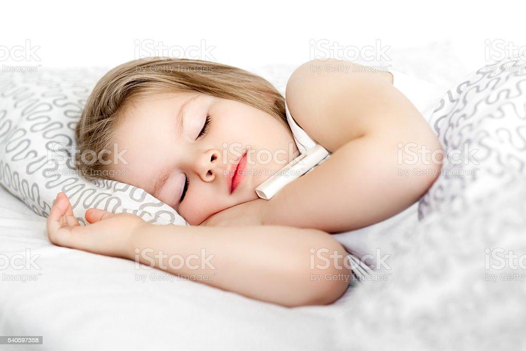Kranke Mädchen im Bett - Lizenzfrei Arzt Stock-Foto