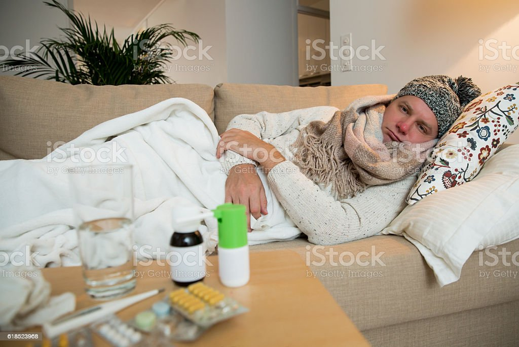 Sick man with flu​​​ foto