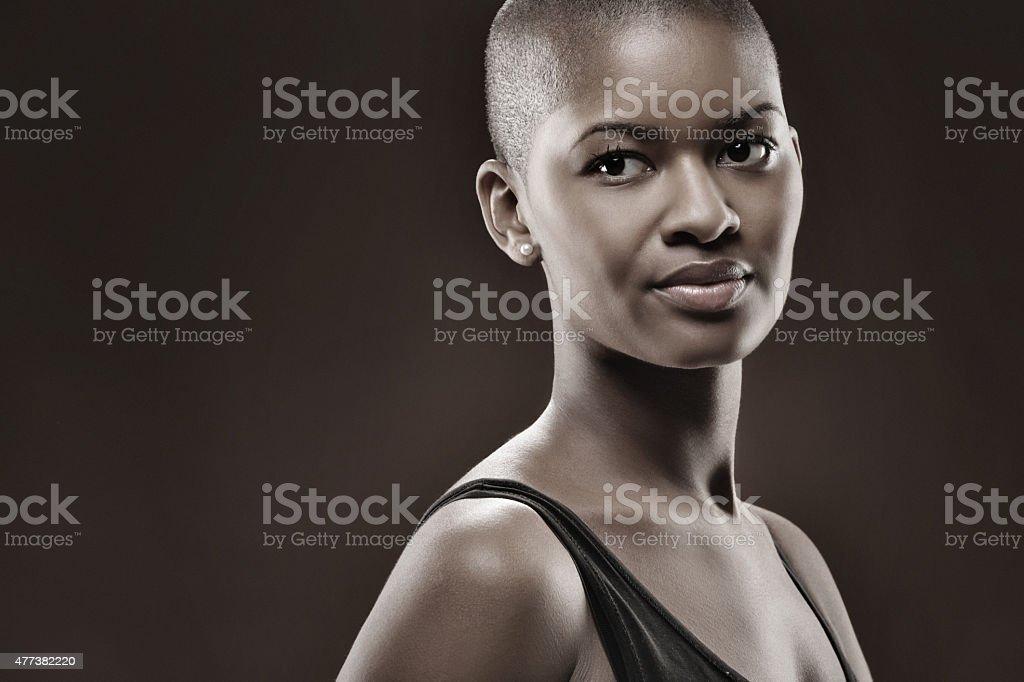 femmes noires rasées petite chatte photo
