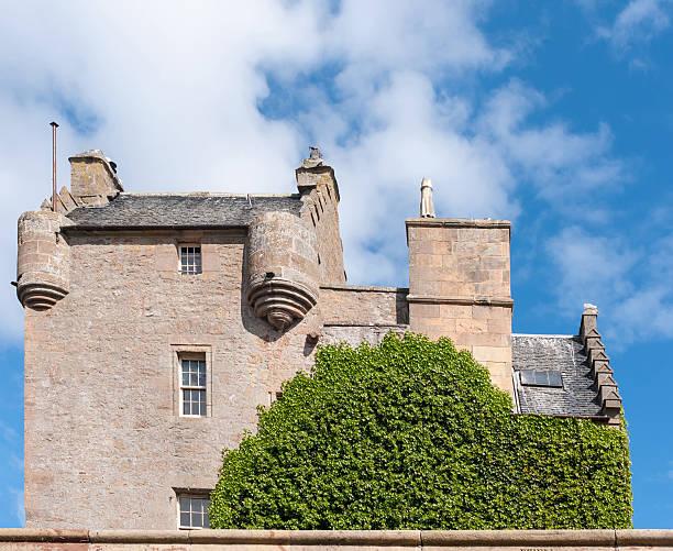 side view of dornach castle in scotland. - dornach stock-fotos und bilder