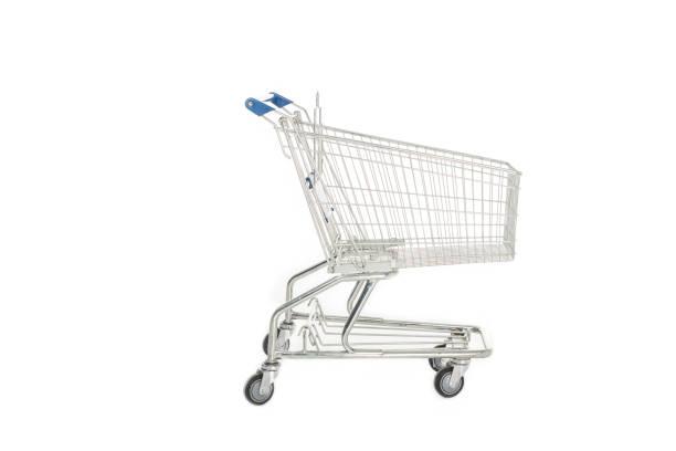 seitenansicht des leeren einkaufswagen isoliert auf weiss - trolley kaufen stock-fotos und bilder
