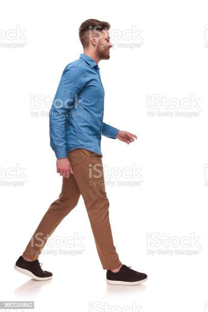 Side view of handsome casual man walking picture id992034842?b=1&k=6&m=992034842&s=612x612&h=2ndcvondwubxeif6nq xcchhoxqxrzfrirk vy1d4bm=