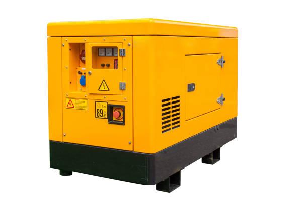 vista lateral del generador de corrientes de desastre diesel móviles para emergencia eléctrica con panel de la consola de control aislado sobre fondo blanco con trazado de recorte - generadores fotografías e imágenes de stock