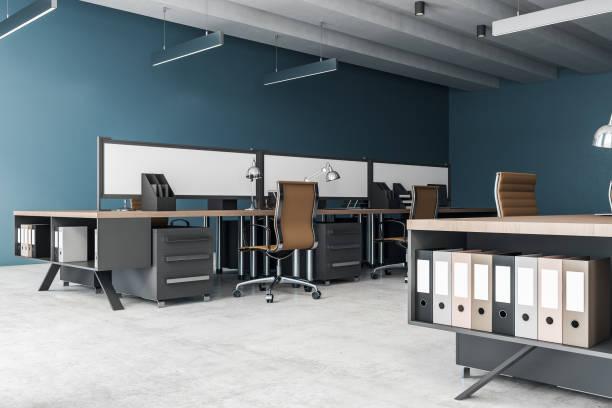 Seitenansicht des modernen Coworking Interieur – Foto