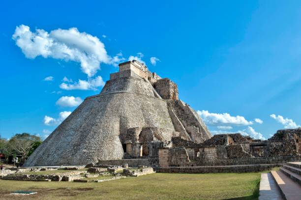 side view of the fortune teller's house. archaeological site of uxmal, located in yucatan. beautiful tourist area. unesco world heritage site - uxmal stock photos and pictures