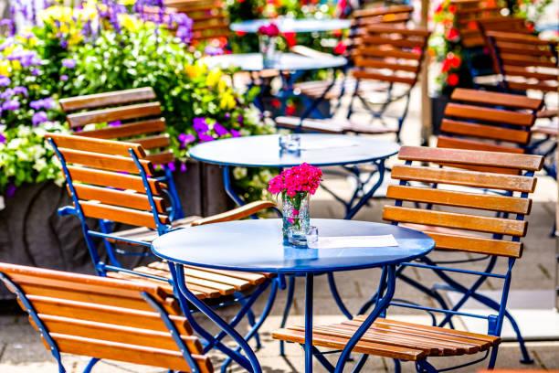 Gehweg-Café – Foto