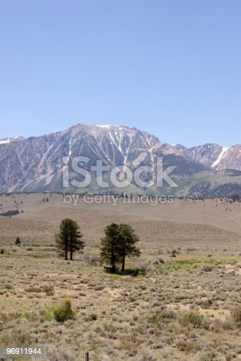 Sierra Nevada Mountains With Little Snow Stock Photo & More Pictures of California