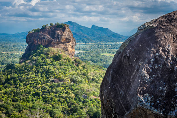 Sigiriya Lion Rock Festung und Landschaft in Sri Lanka. – Foto