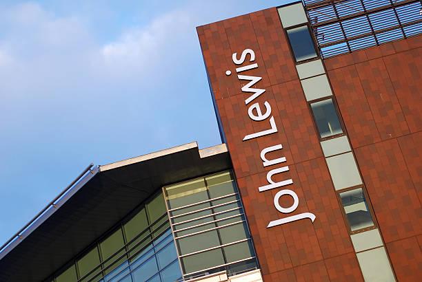 sign of john lewis store in liverpool - john lewis 個照片及圖片檔