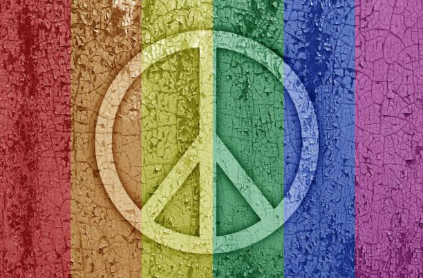 Sign of peace on rainbow – zdjęcie
