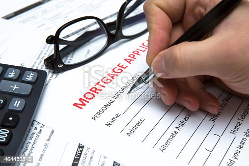 Signing a contract (mortgage)