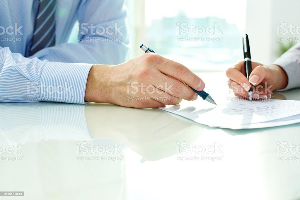 Unterzeichnung des Vertrags Lizenzfreies stock-foto