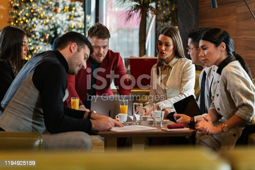 1072035844istockphoto Signing the papers 1194925159