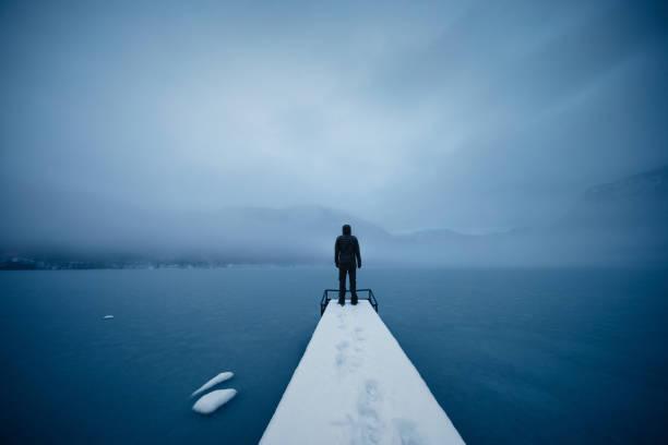 Silence par le lac gelé - Photo