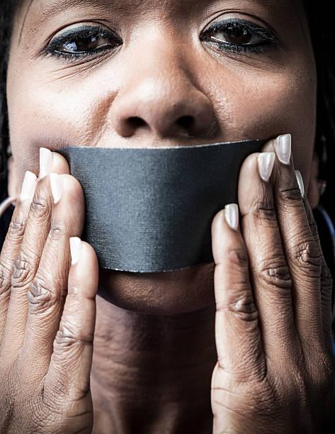 silent minderheit - mund stock-fotos und bilder