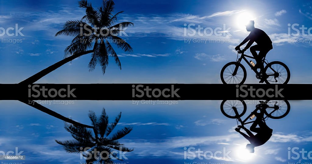 Silhouette of cyclist royalty-free stock photo